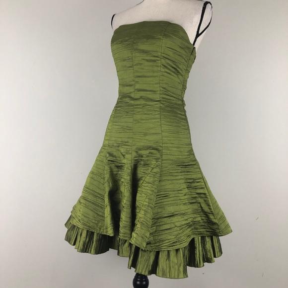 Cache Dresses & Skirts - Cache Texture Formal Strapless Dress